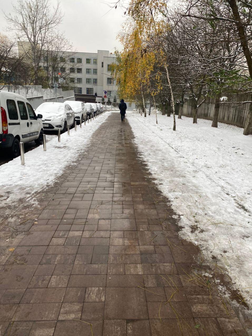 теплый тротуар
